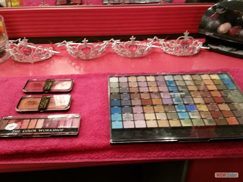 Makeup and Nails for the Perfect Princess!